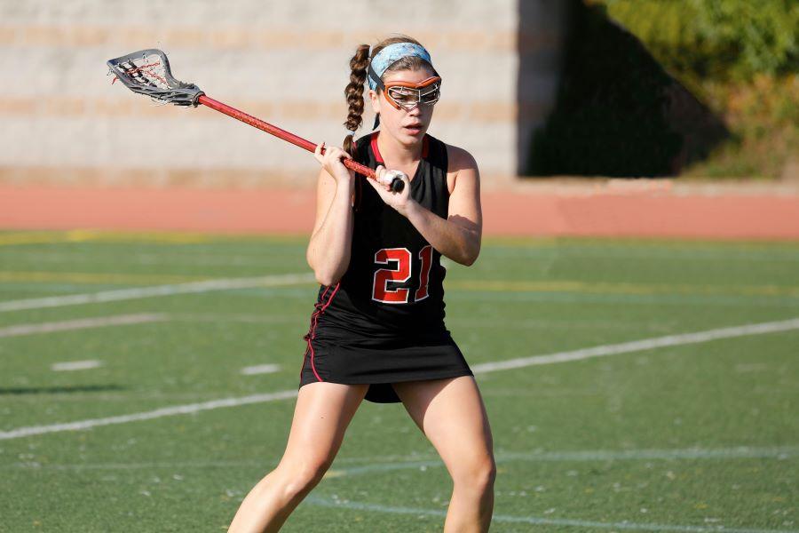 girl lacrosse player