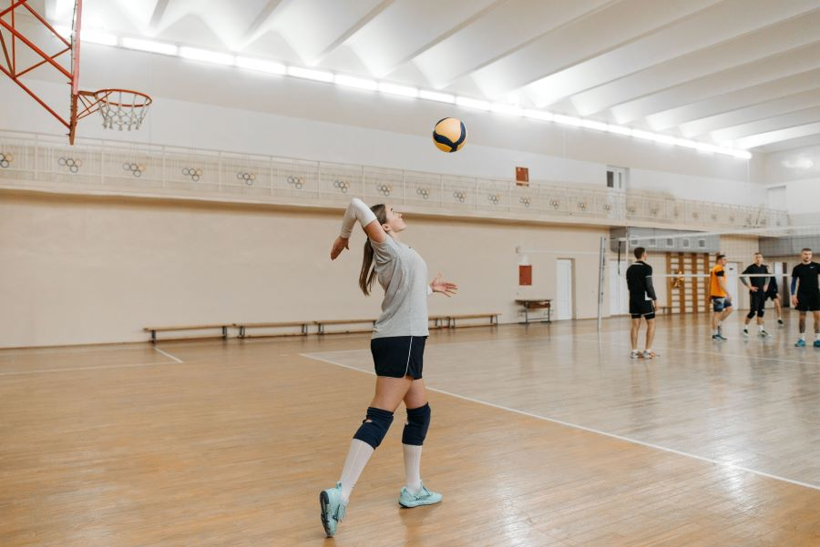 Overhand serve in volleyball